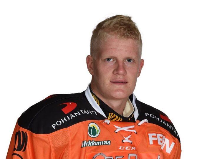 """Tommi Tikka edelleen sivussa: """"En loukkaantunut Kouvolassa"""""""